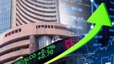 Photo of शेयर बाजार सबसे ऊंची उड़ान पर, रिकॉर्ड स्तर के पार पहुंचा सेंसेक्स
