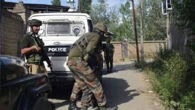 Photo of जम्मू-कश्मीर: मुठभेड़ में पांच जवान शहीद, एक आतंकी भी ढेर