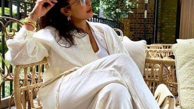 Photo of इस बोल्ड व्हाइट ड्रेस में प्रियंका चोपड़ा ने ढाया कहर, नहीं हटेंगी आपकी भी निगाहें